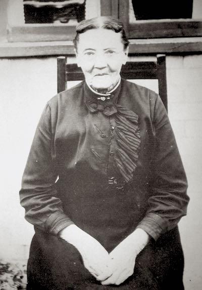 Ann Maria Harding (née Levitt) circa 1890.